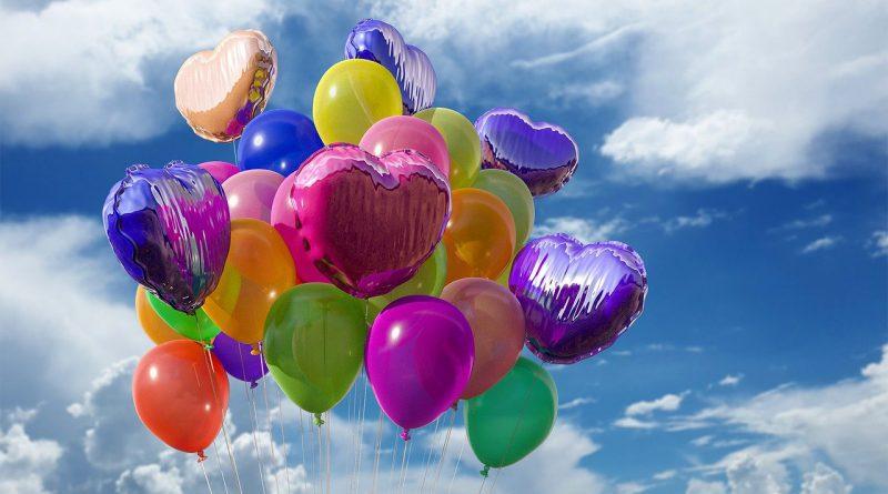 Jak stworzyć piękne dekoracje z balonów z helem?